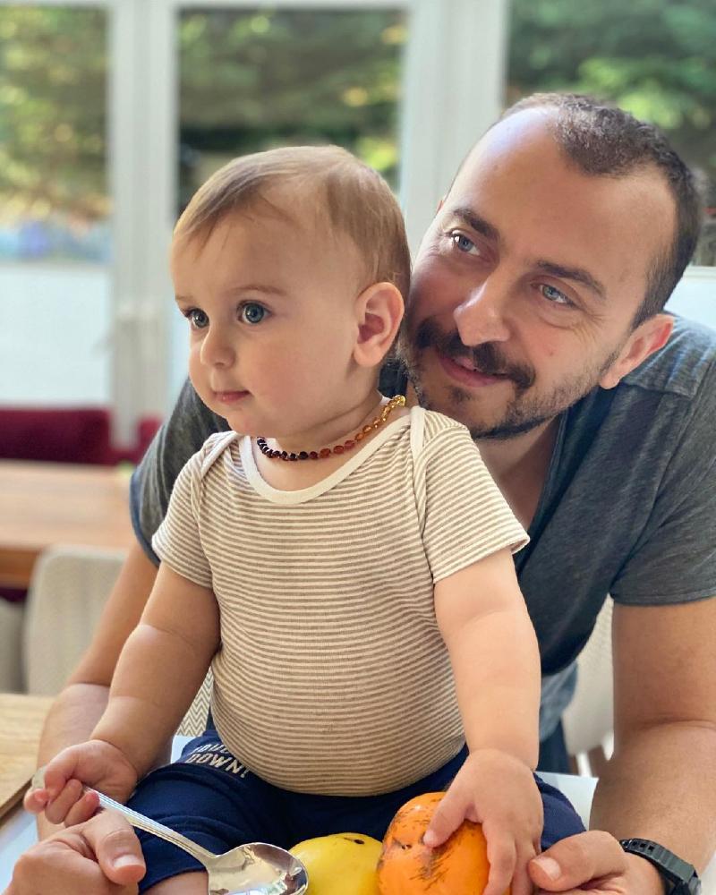 Али Атай с сыном Фикретом