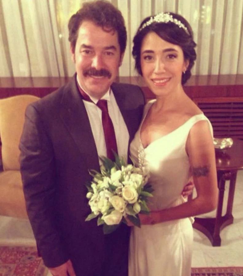 Фикрет Кушкан и Арсеви Озкара, свадебное фото