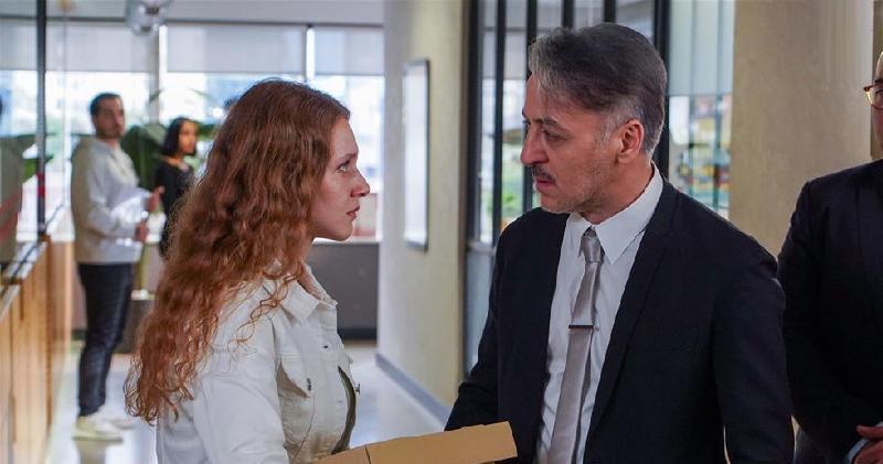 """кадр из 41-й серии сериала """"Позвоните моему агенту"""""""