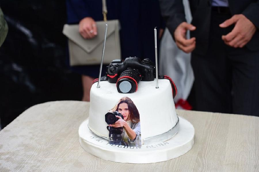 "праздничный торт для Алины Боз от команды сериала ""Марашанец"""