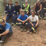 Ибрагим Челиккол с командой после тушения пожара